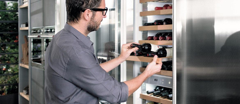 Винные шкафы от KitchenAid